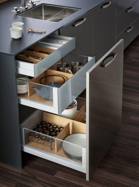 Leicht drawers