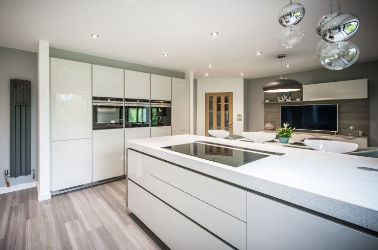 pearl-grey-gloss-kitchen-cambridge