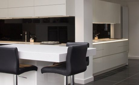 White gloss lacquer kitchen – Bury St Edmunds